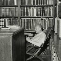 Nasce a Trieste Umberto Saba, pseudonimo di Umberto Poli